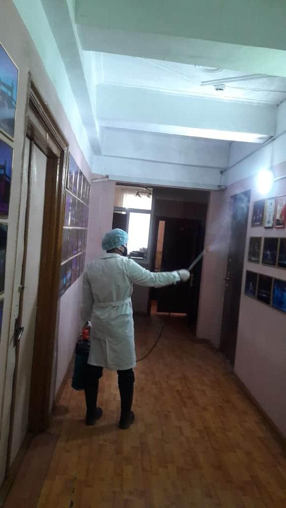В здании Государственного ансамбля танца РК «Салтанат» были проведены дезинфекционные работы